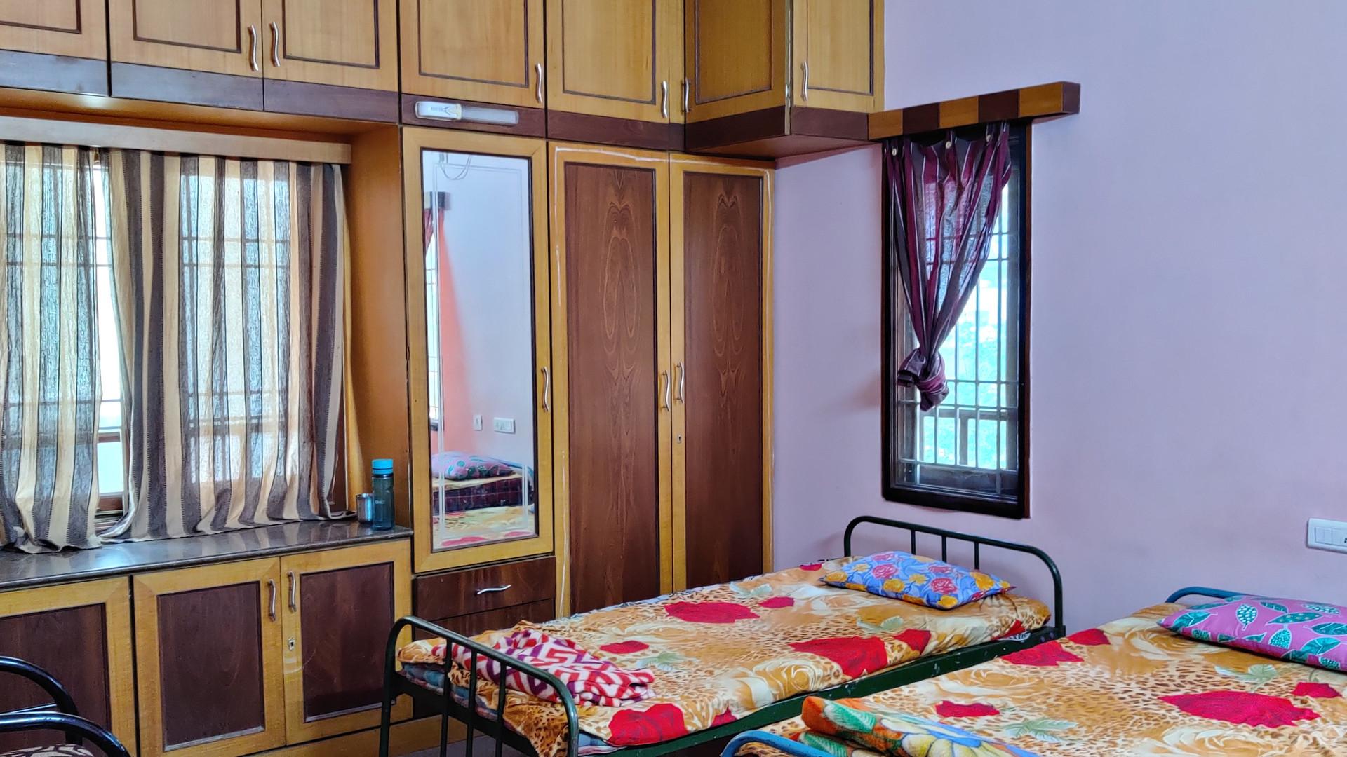 DELUXE AC ROOMS1.jpg