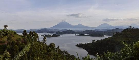 lake mutanda, virunga volcanos, uganda tour