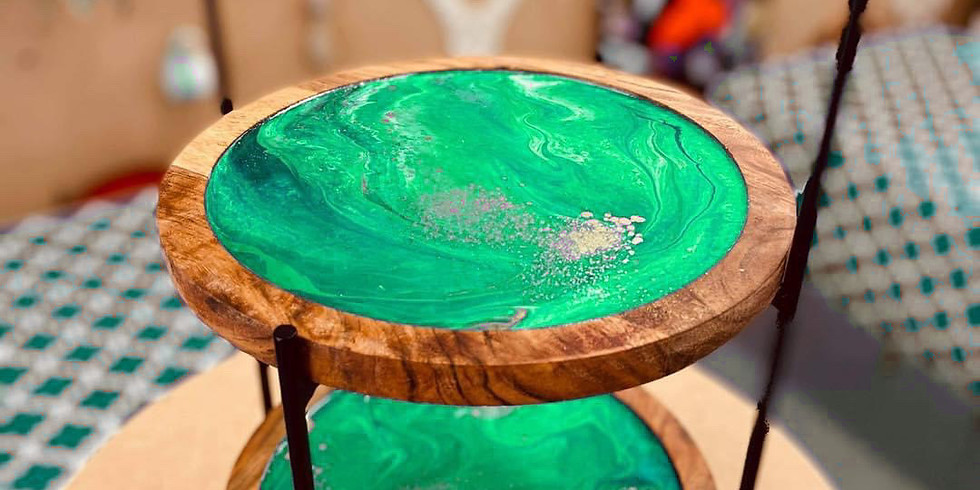 BROWNS PLAINS - Learn to make a resin two tier stand!