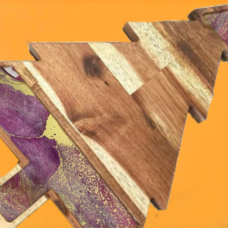 Coffee Club Browns Plains - Learn to make a resin Christmas Tree Platter board!