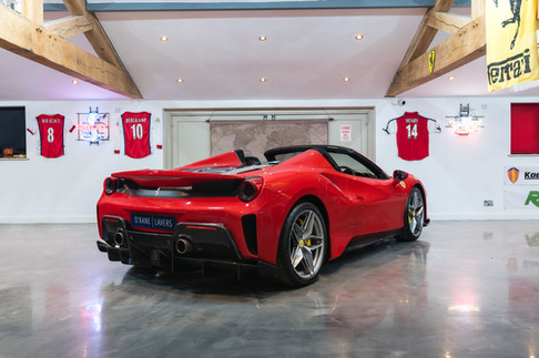 Ferrari 488 Pista Spider #27.jpg