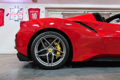 Ferrari 488 Pista Spider #21.jpg