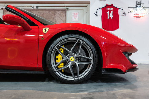 Ferrari 488 Pista Spider #20.jpg