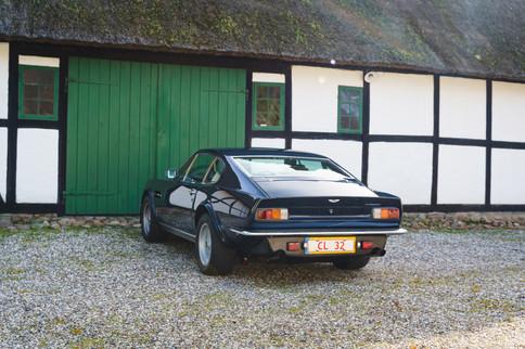 V8 Vantage-45.jpg