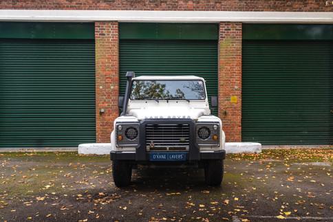 Land Rover Defender 110 #17.jpg