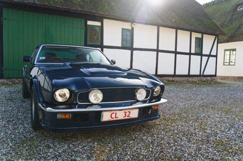 V8 Vantage-25.jpg