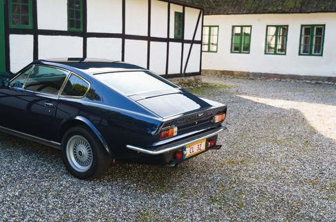 V8 Vantage-54.jpg