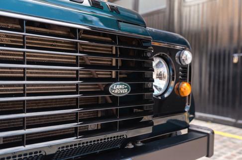Land Rover Defender #11.jpg