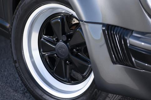 Porsche_911_G_Speedster-69-min.jpg