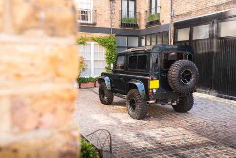Land Rover Defender #25.jpg
