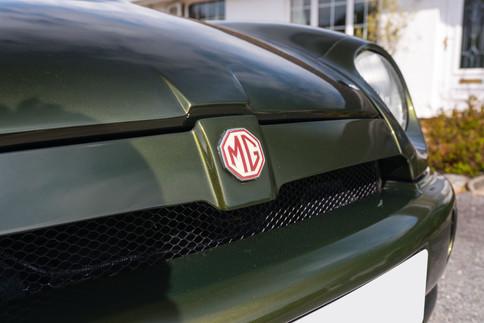 MG RV8 #3.jpg