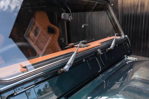 Land Rover Defender #14.jpg
