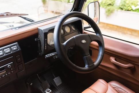Land Rover Defender #7.jpg