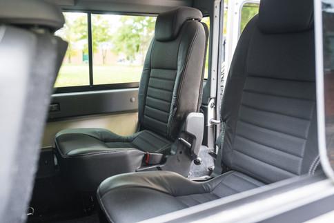 Land Rover Defender 110 #50.jpg