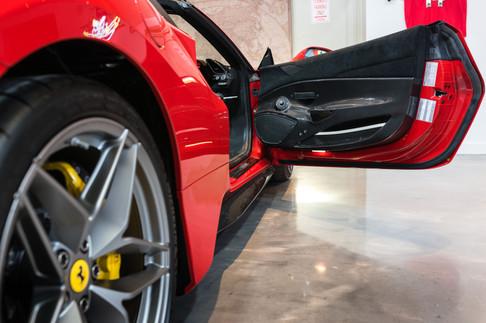 Ferrari 488 Pista Spider #48.jpg