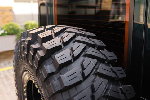 Land Rover Defender #29.jpg