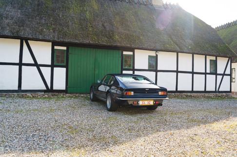 V8 Vantage-46.jpg