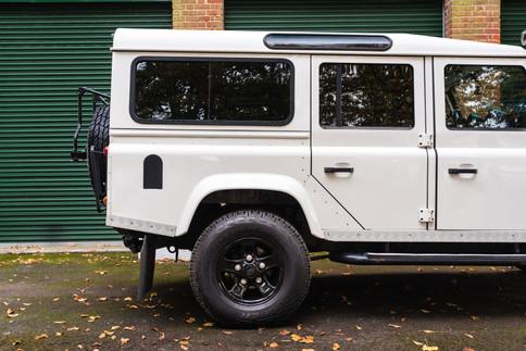 Land Rover Defender 110 #2.jpg