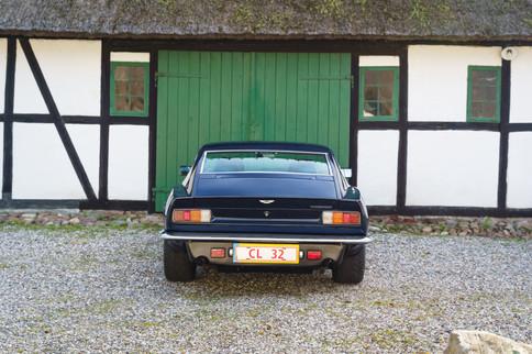V8 Vantage-44.jpg