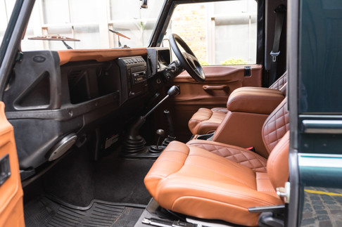 Land Rover Defender #6.jpg