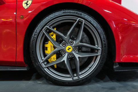 Ferrari 488 Pista Spider #19.jpg