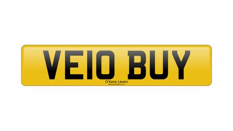 £2,500