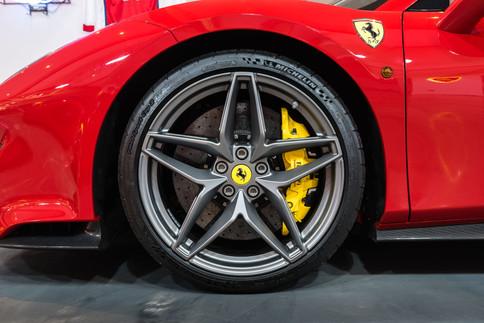 Ferrari 488 Pista Spider #5.jpg