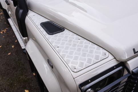Land Rover Defender 110 #8.jpg