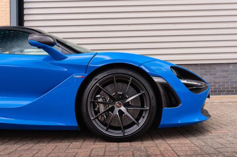 McLaren 720s #44.jpg