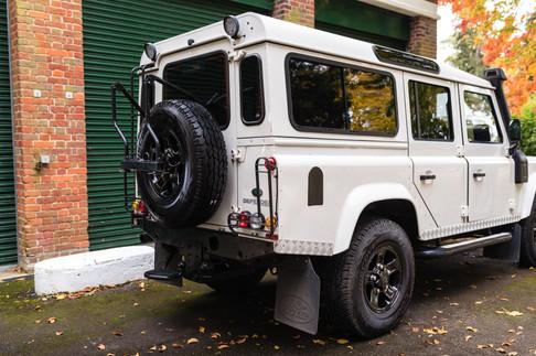 Land Rover Defender 110 #9.jpg
