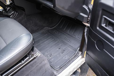 Land Rover Defender 110 #14.jpg