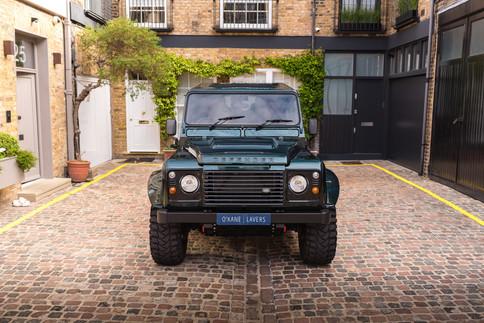 Land Rover Defender #40.jpg