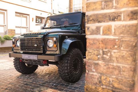 Land Rover Defender #36.jpg