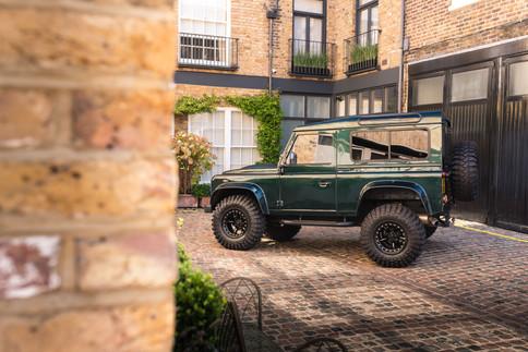 Land Rover Defender #37.jpg