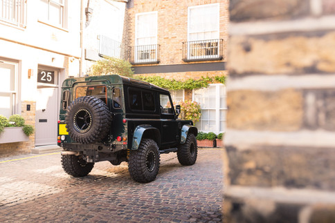 Land Rover Defender #28.jpg