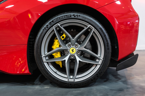 Ferrari 488 Pista Spider #4.jpg