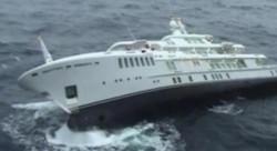 luxury_motor_yacht_yogi_sinks_off_the_coast_of_greece