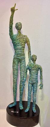 """Estrella Fugaz"" Wire Sculpture - O. Rivera"