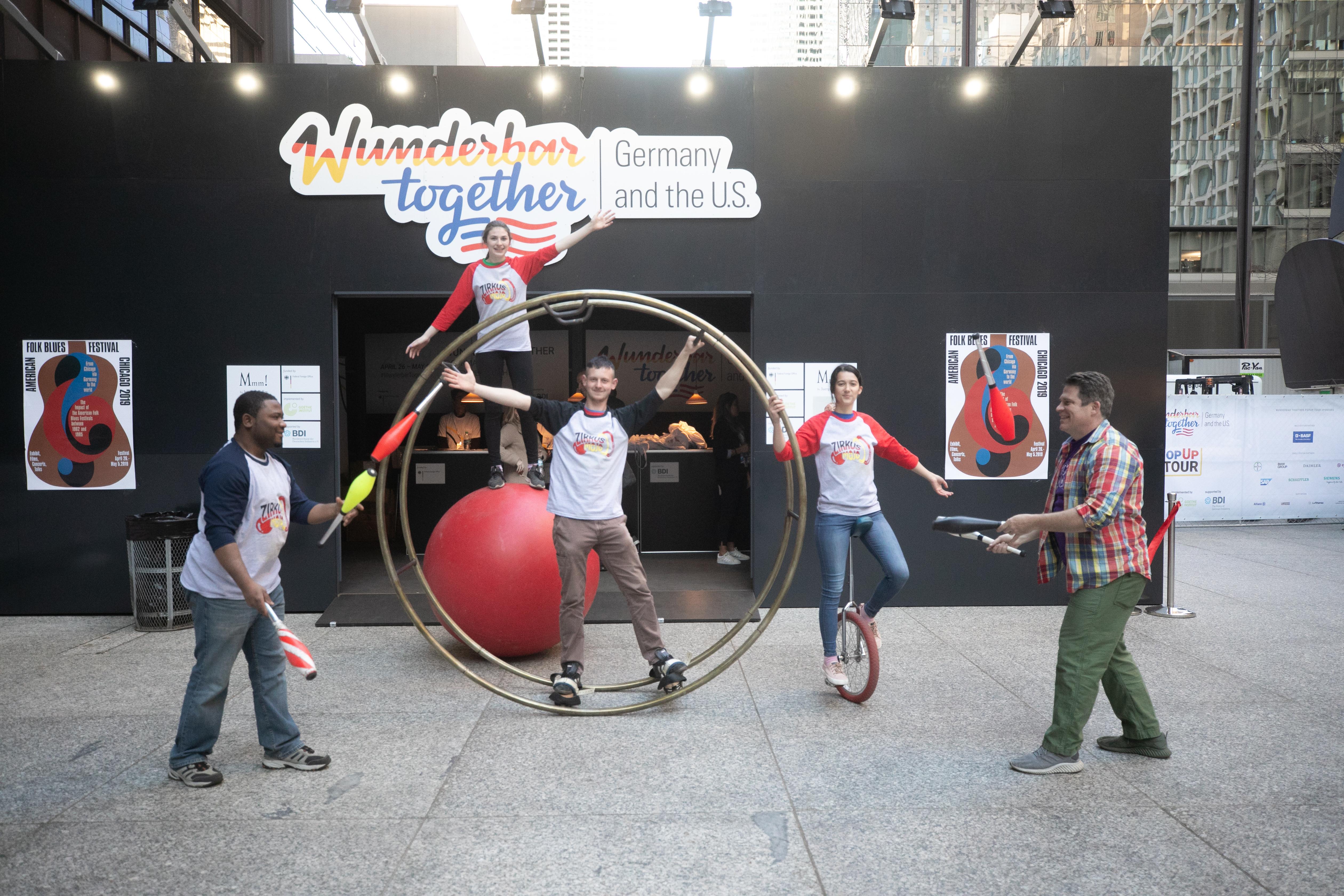 Roaming Circus Mojo