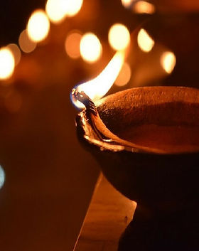 diya-decoration-ideas-for-diwali-2.jpg