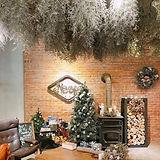 真心覺得我們家今年的聖誕節很可以_而且本人比照片更有Fu,_只是那燃木壁爐在暖冬