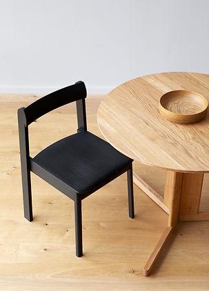 F&R_Blueprint-Chair-Black_Trefoil-Table.