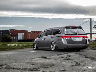 2012 Honda Odyssey on  Concept One CS-16 Wheels