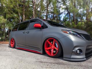 Unlimitedwraps' Toyota Sienna