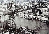 220px-Pont_transbordeur_Nantes.JPG