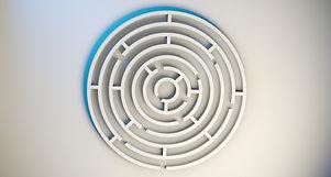 labyrinth-1872669_1920.jpg