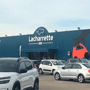 Lacharrette - enseigne