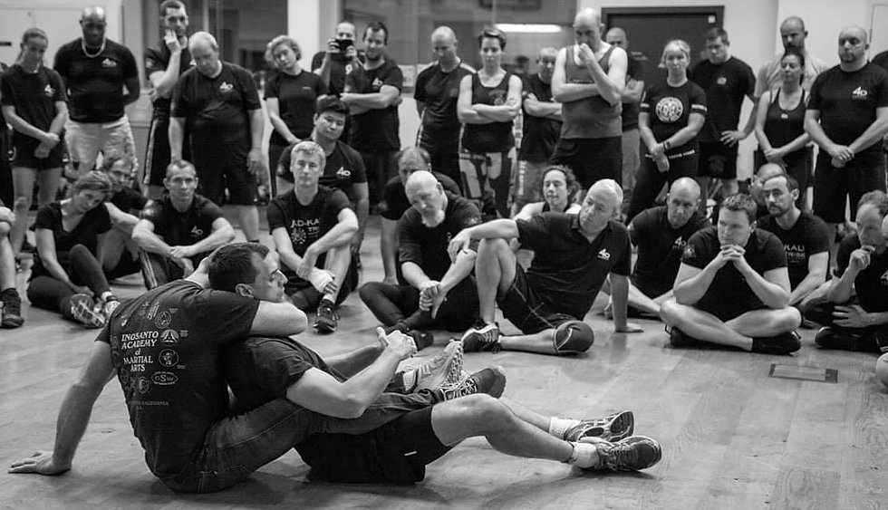 4D COMBAT SEMINAR WITH HEAD INSTRUCTOR LEE TRUNKS IN CROWD