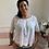Thumbnail: Kurzärmelige Bluse mit variabel tragbarem Ausschnitt und Lochstickerei