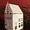 Thumbnail: Haus klein mit spitzem Dach - Zink/Weiß